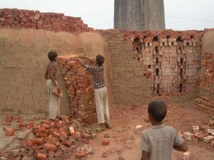 children_with_hot_bricks